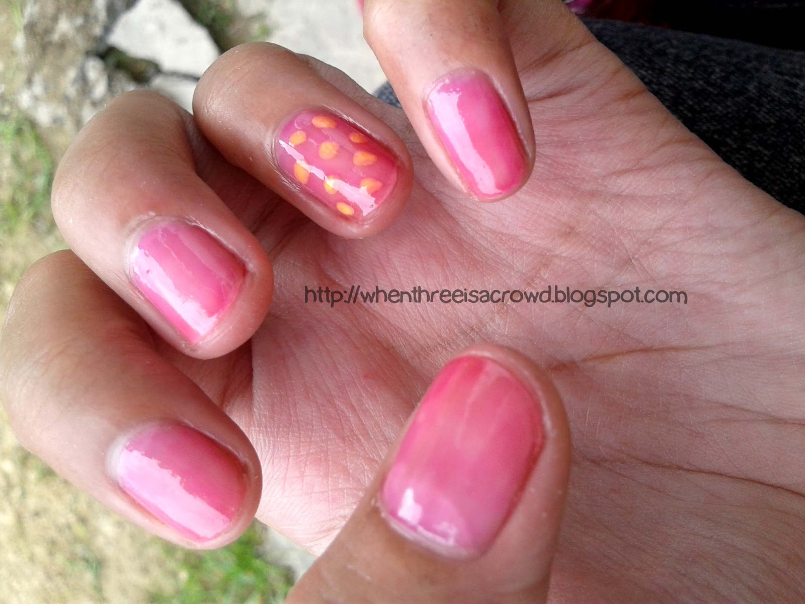 writing down my emotions: NOTD: All things Girly and Beautiful