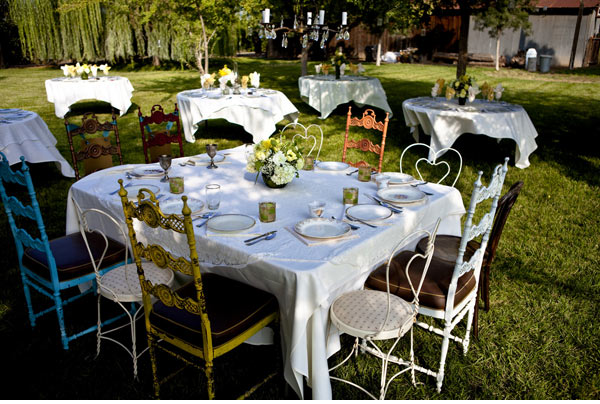vintage mixed chairs reception14 Decoraciones de Boda verano 2011/2012