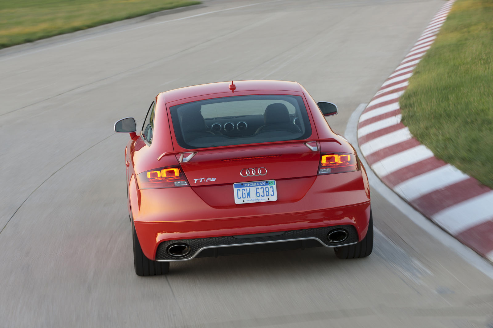 car in 2013 Audi TT-RS