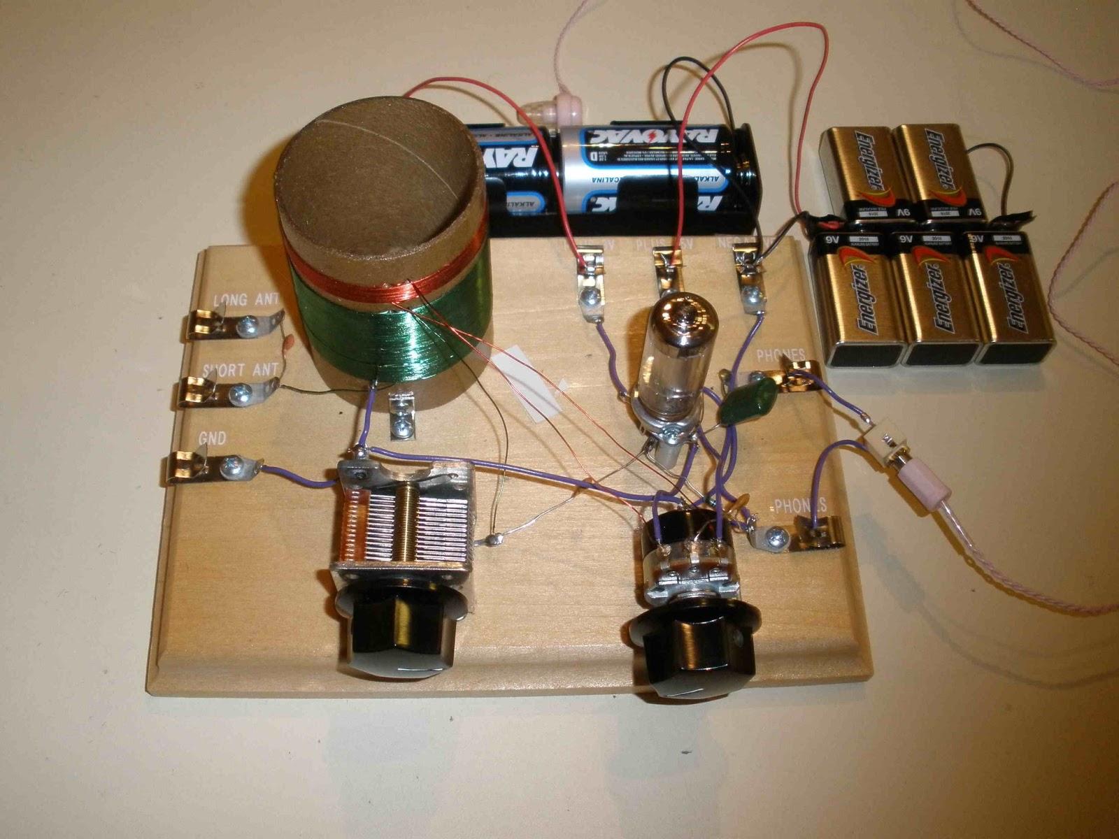YmBNYssMyxs additionally Regenerative Radio Workshop moreover One Tube Radio Schematic furthermore K8tnds Take On The Kitchin Regen moreover 703124560543077788. on armstrong one tube radio schematic