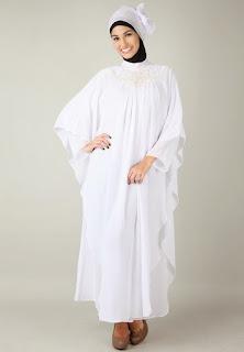 Trend Baju Gamis Putih Syari