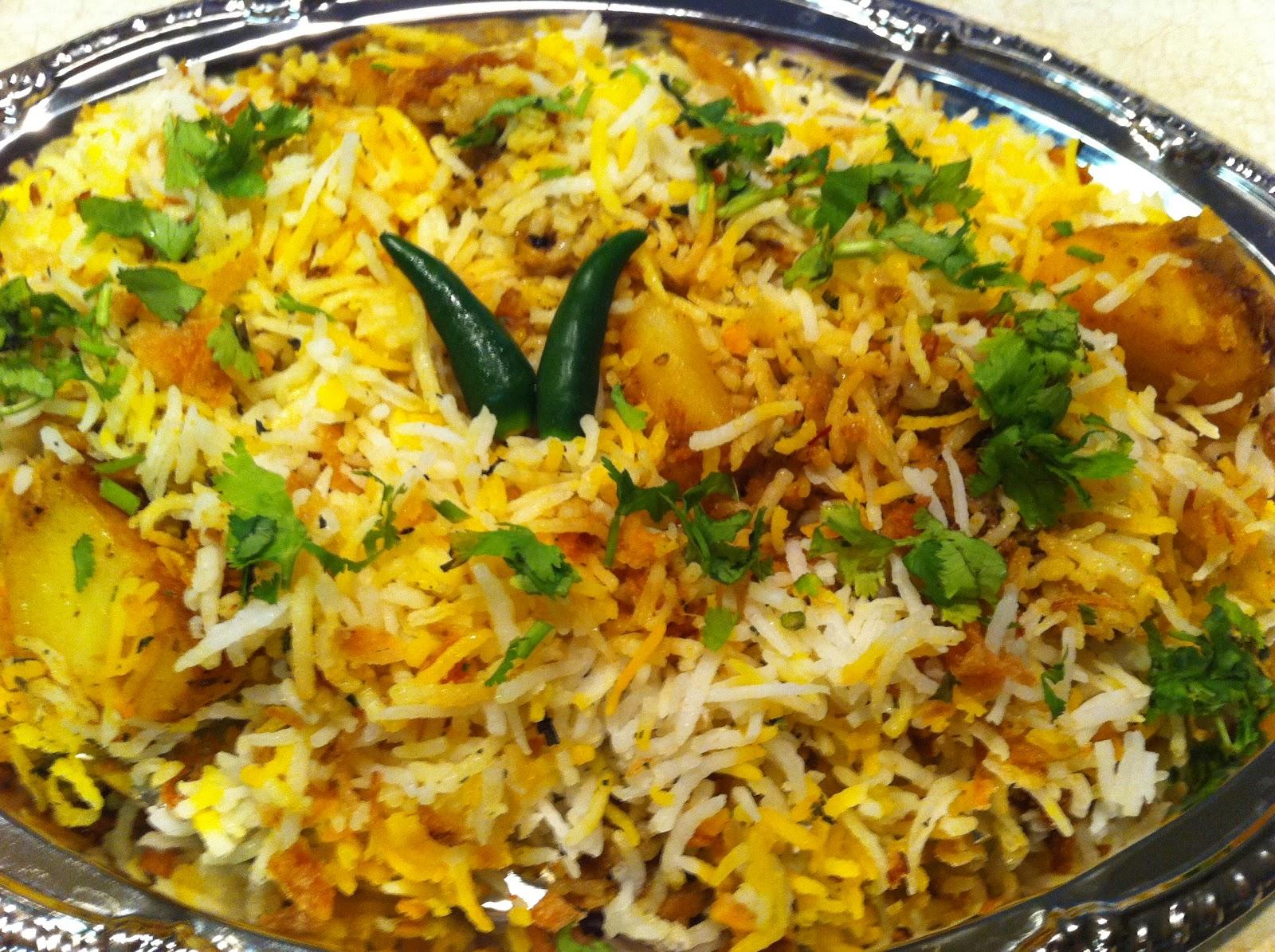 Subhra's Kitchen: Veg Biryani
