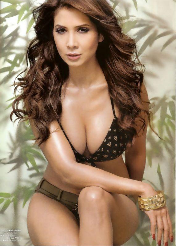 Kim Sharma Hot Sexy Spicy Bikini Cute Unseen Rare photos,Stills,images ...