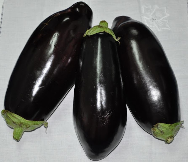 Tip: How to Roast Eggplants by www.dish-away.com