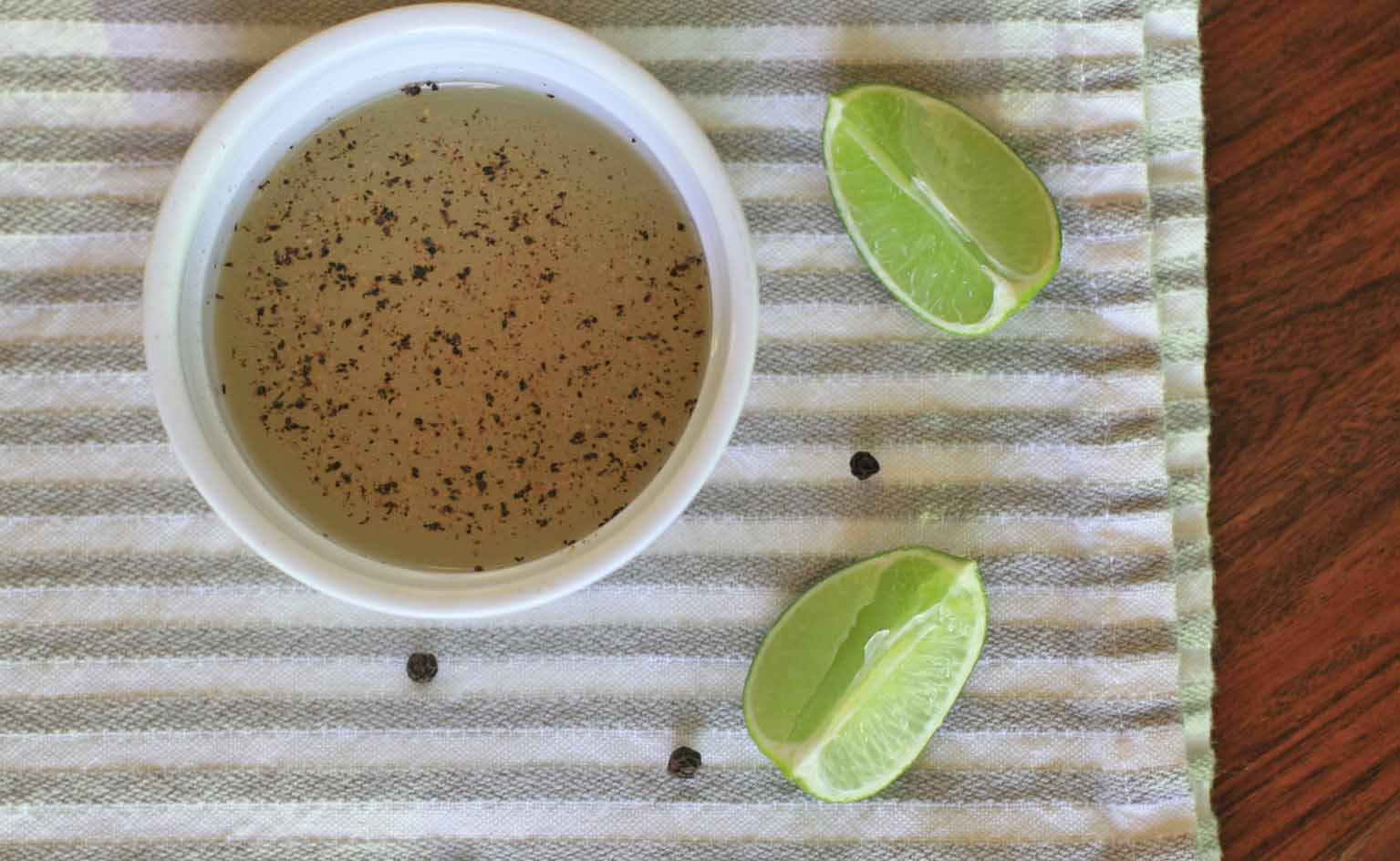 Divide The Pepper And Sea Salt Evenly Among 4 Small Dipping Bowls Or  Ramekins Just Before The Meal, Add The Lime Juice (or Squeeze The Limes)  Over The