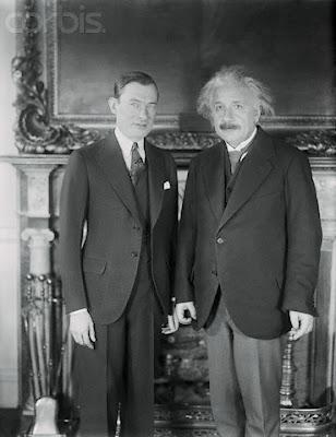 Einstein en fotografías. 096