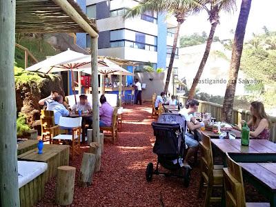Blue Praia Bar: Pátio principal