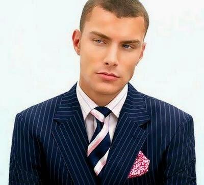 áo vest màu xanh navy
