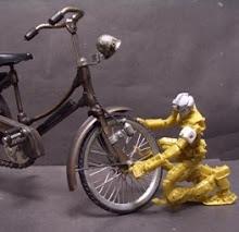 Robot dan Sepeda Onthel