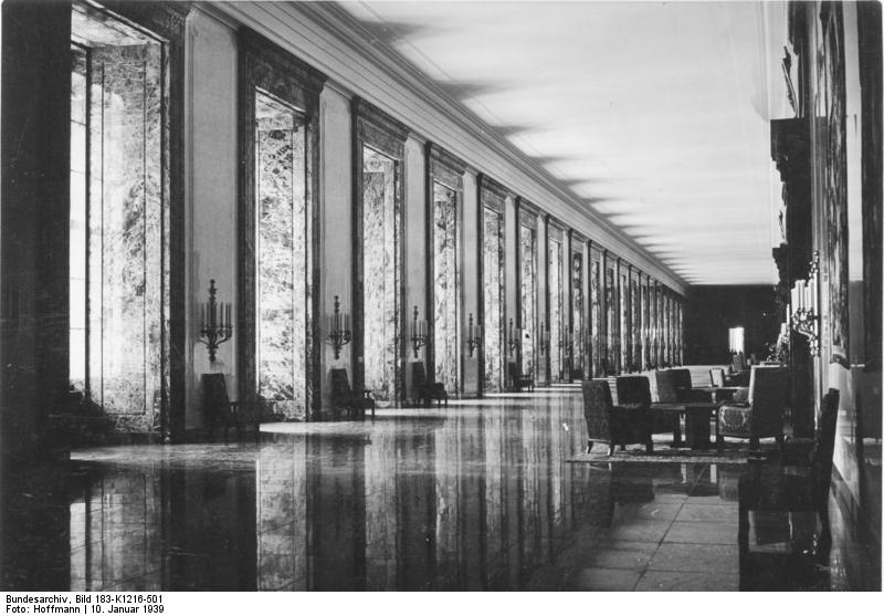 Eurowar 39 45 office of tyrants the new reich chancellery for Architecture nazi