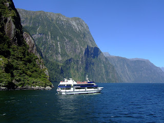 (New Zealand) - Milford Sound Cruises