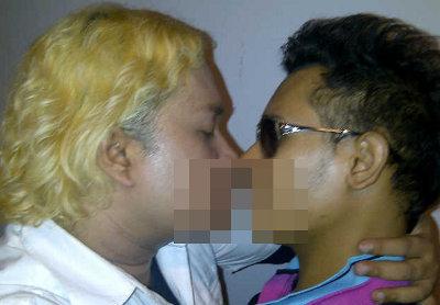 Skandal Foto Ciuman Tata Liem dan Kiki D'Rayu