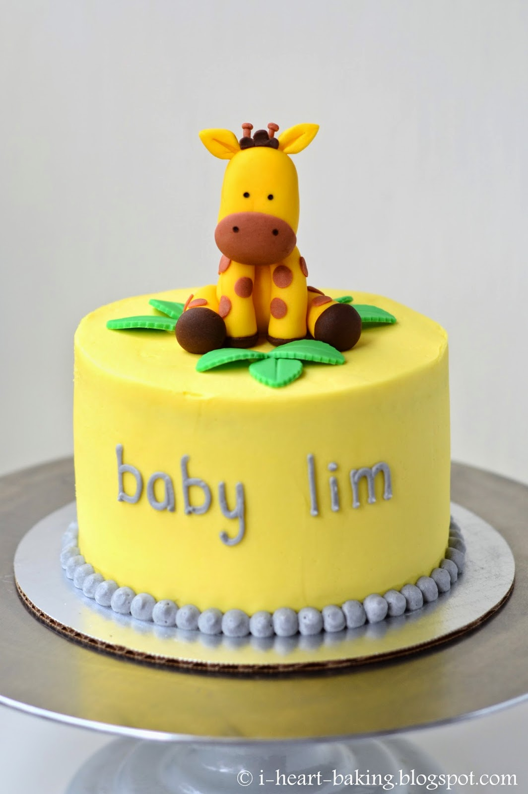 i heart baking giraffe baby shower cake