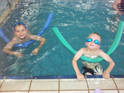 homeschool swimming class