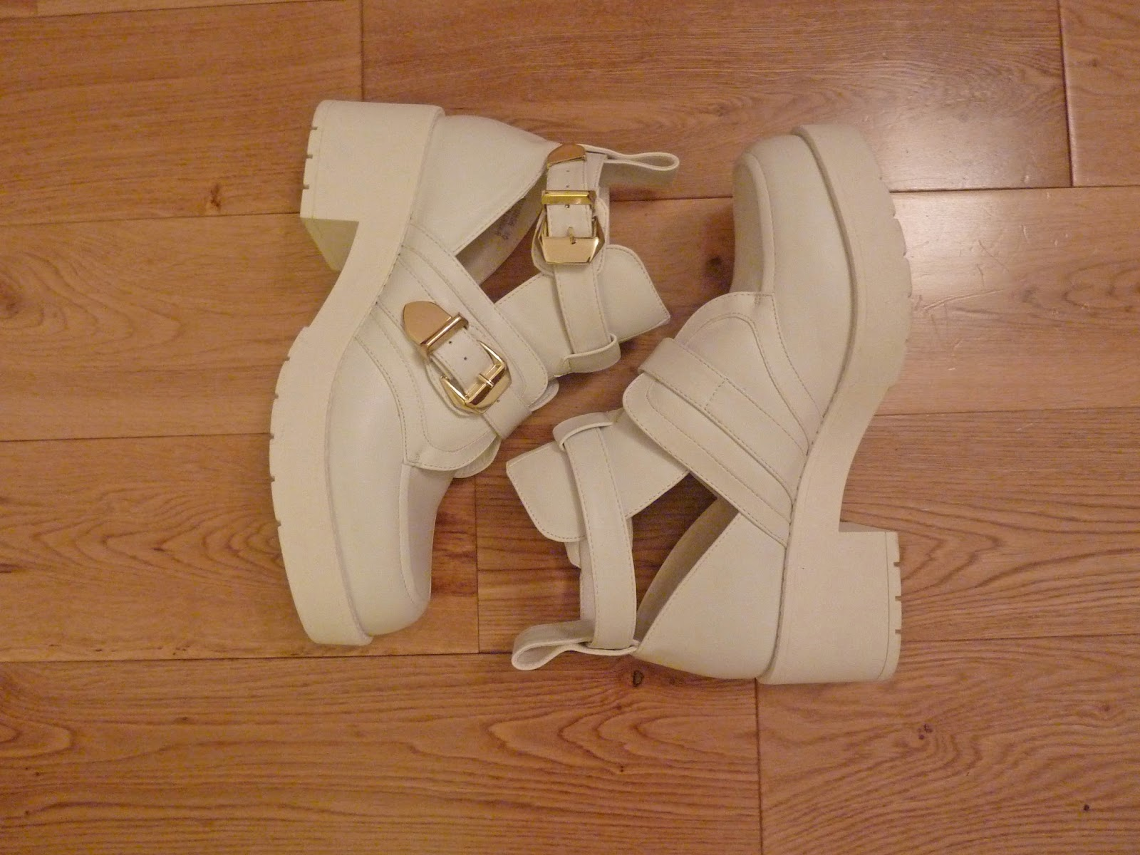 New Look Chunky Platform White Cut Out Buckle Boot