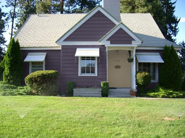 Laxy lazy witch i want to paint my house purple - Purple exterior paint image ...