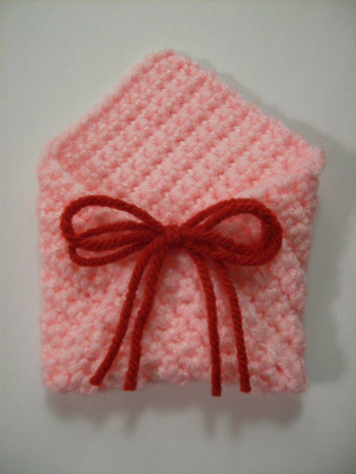 Crochet Patterns Valentines Day : Crochet Carnival: Free Valentines Day Mini Envelope Crochet Pattern