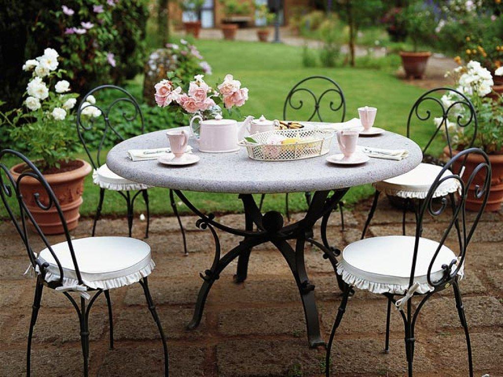 Alba hogar hoy comemos en el jard n for El jardin romantico