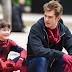Andrew Garfield aprovou Tom Holland como o novo Homem-Aranha
