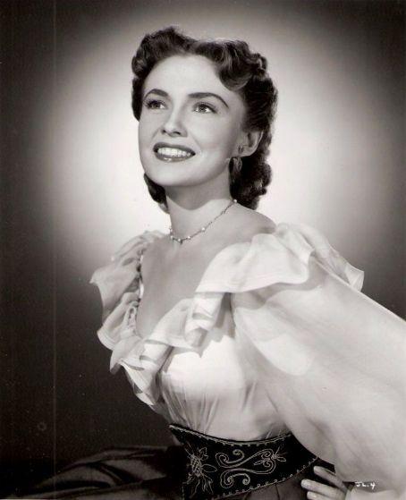 joan leslie obituary