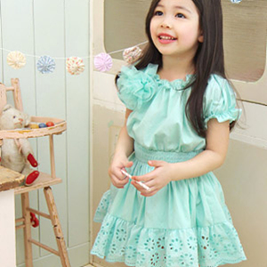 Dress Boutiques Online on Childrens Boutique At Www Pinkypolkadot Com Online Kids Boutique