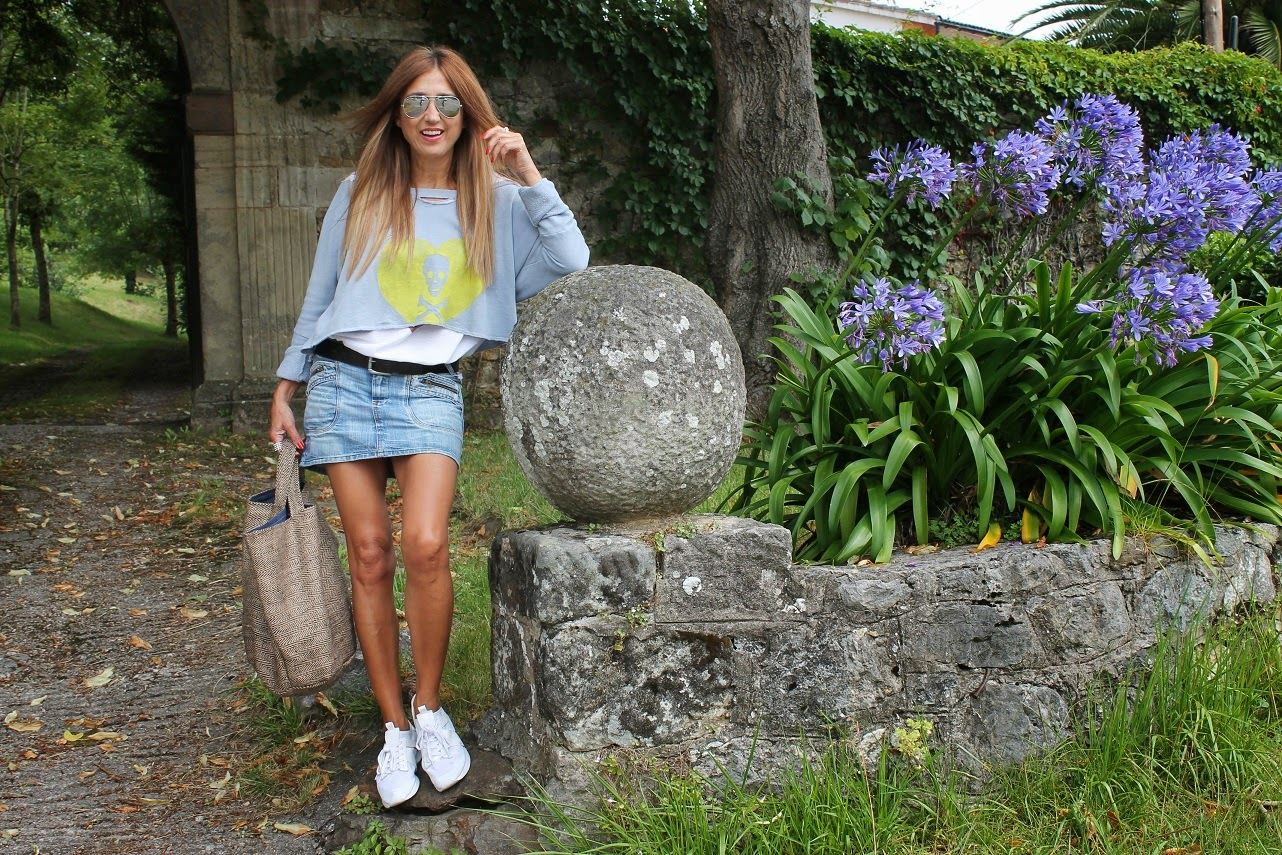 Look, The Hip Tee, Carmen Hummer, Lifestyle, outfit, fashion blogger, summer, flowers, style, Cantabria, Comillas