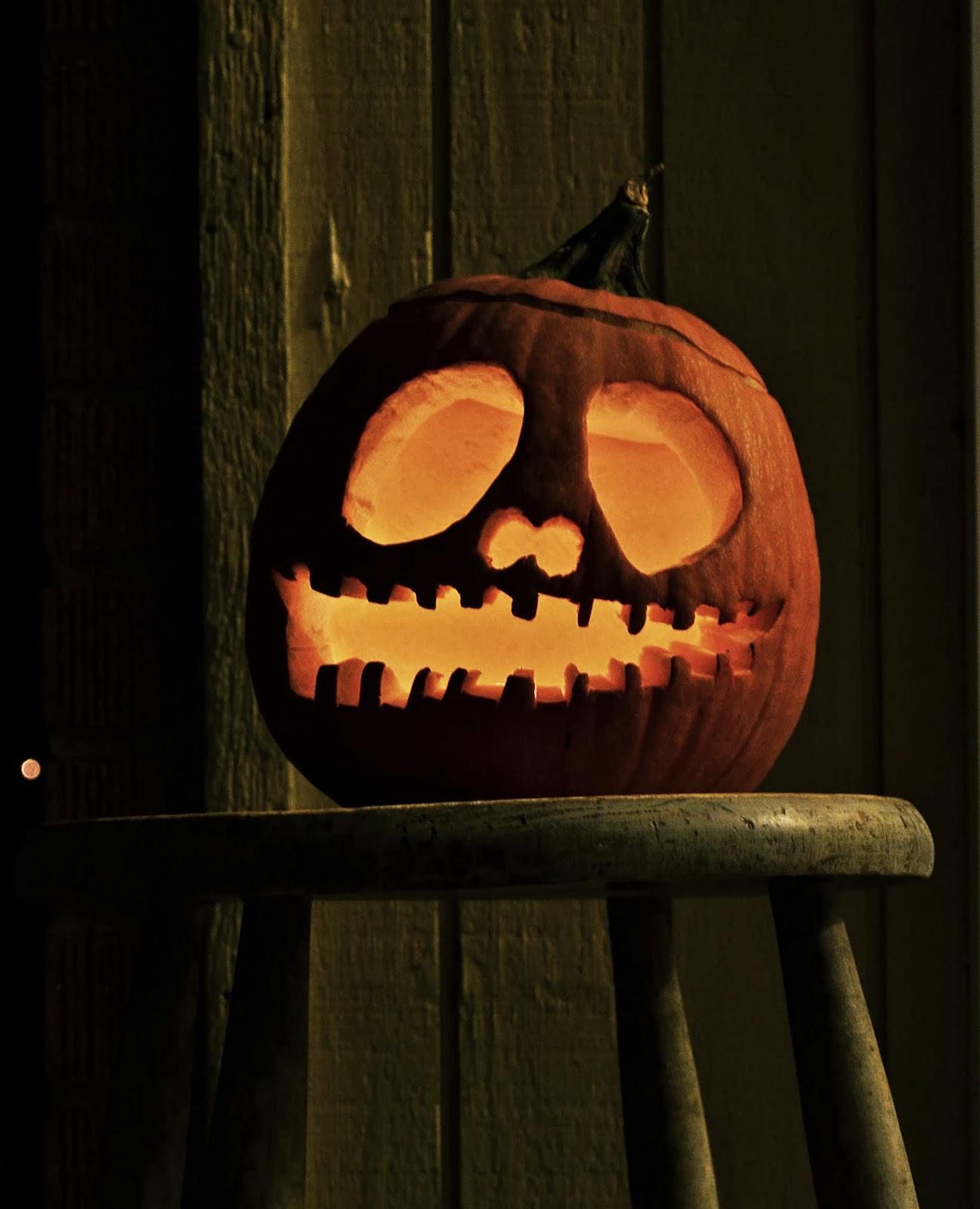 Vegans Have Superpowers: My First Halloween Pumpkin