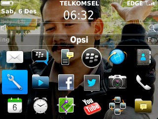 Menu Opsi BlackBerry Curve 9320
