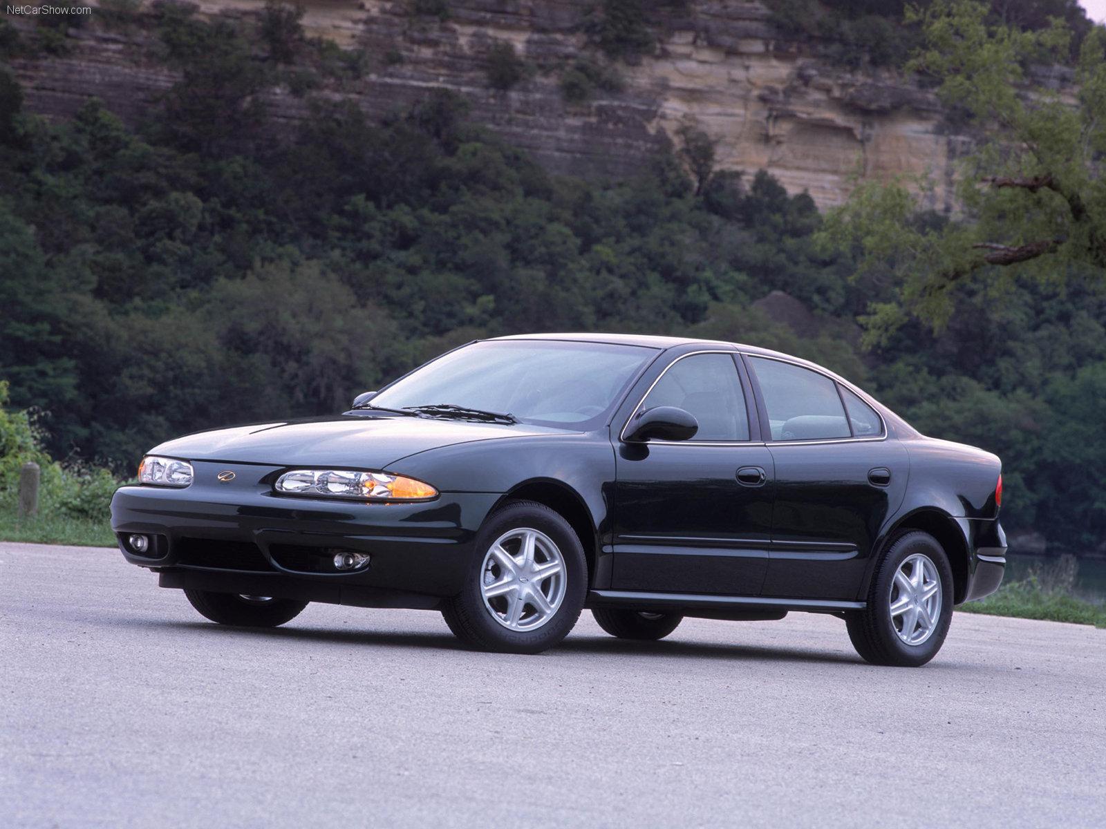Hình ảnh xe ô tô Oldsmobile Alero GL 2002 & nội ngoại thất