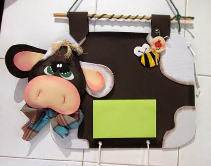 Vaca de goma eva