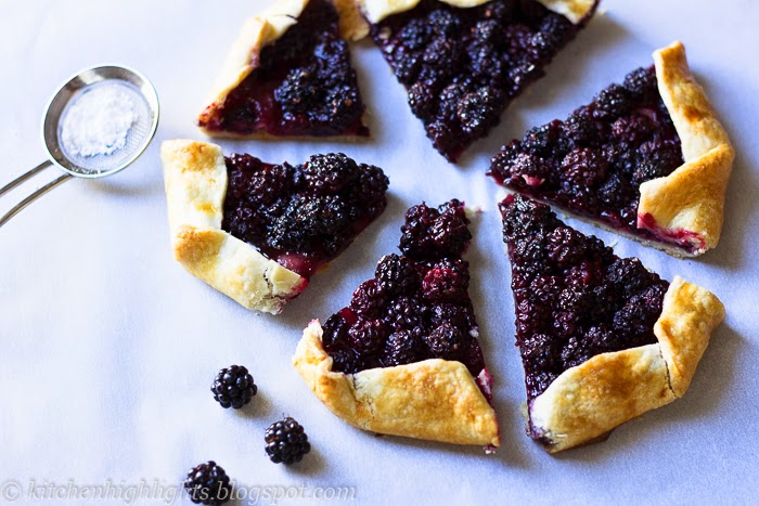 Galettes are filled with fresh ripe blackberries which means they are delicious on their own or even more delicious with a scoop of vanilla ice cream