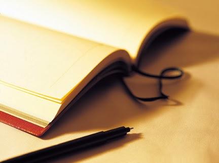 ketika selembar kertas merindukan pena untuk menuliskan cinta dengan tintanya