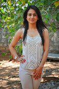 Aksha pardasany glamorous photos-thumbnail-15