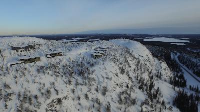 Δυναμικό παρόν της Bentayga στην πρώτη της εμφάνιση στον πάγο