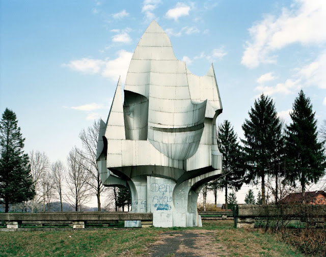 Yugoslavia Spomenik_10