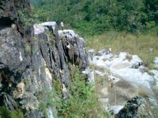 Warga Relokasi Tambang Marmer Tuntut Komitmen Pemerintah