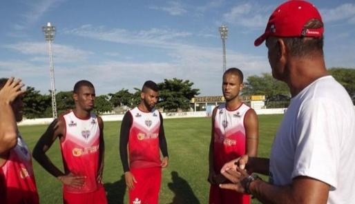 Bahia de Feira quer vaga na Copa do Nordeste