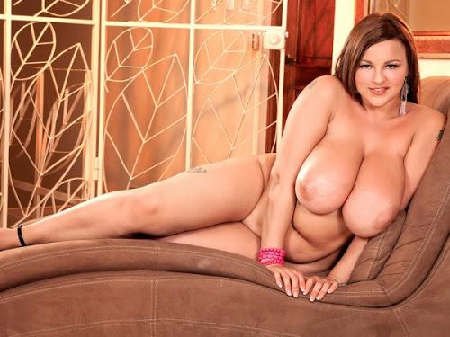 Terri Jane_Pink Lingerie Paradise_m_3