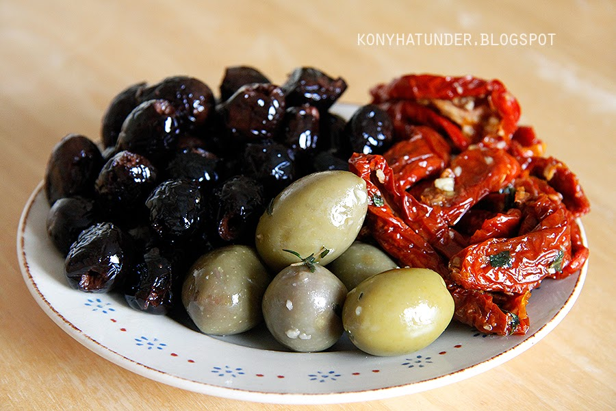 olives_and_sundried_tomato