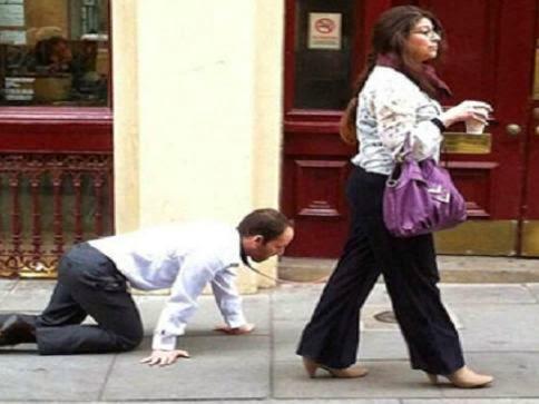 إندبندنت تكشف لغز المرأة التي تجر رجلاً !!!