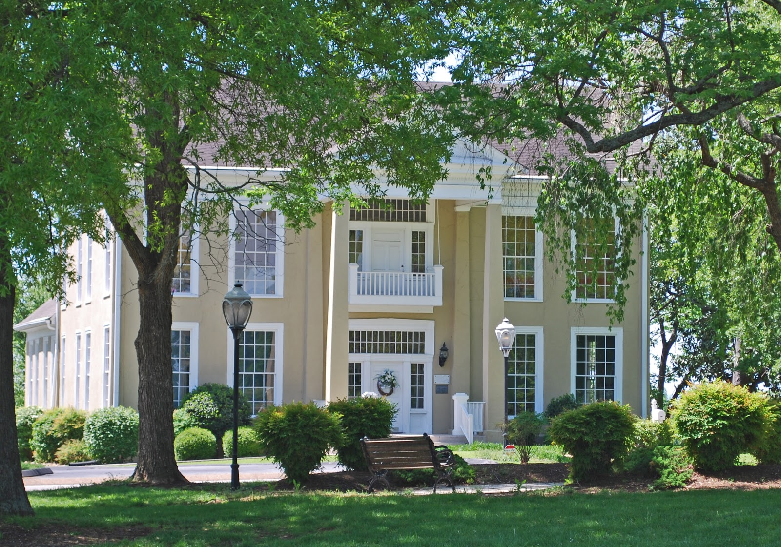 Notes from the ninth circle named plantations and homes for Home builders in chattanooga tn
