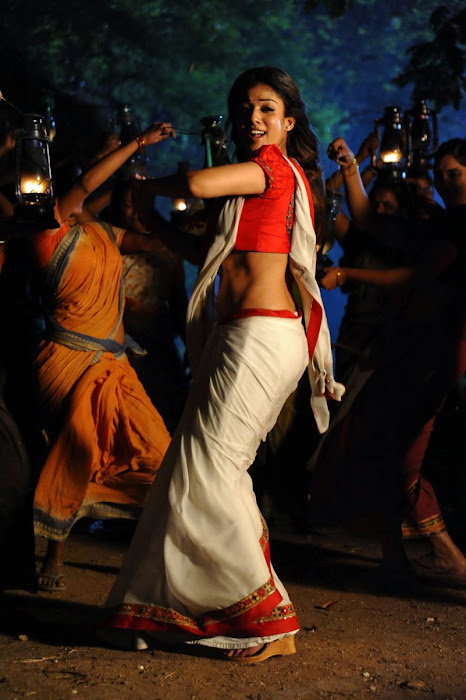 nayanthara in saree spicy photo gallery