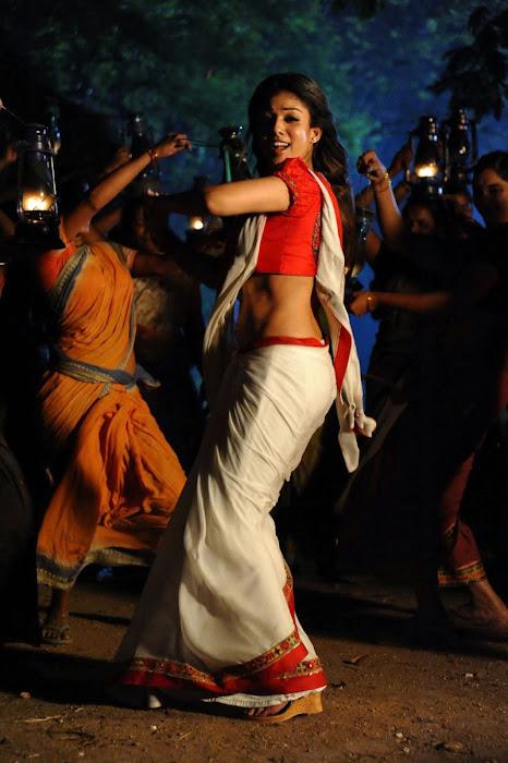 nayanthara in saree spicy photo gallery