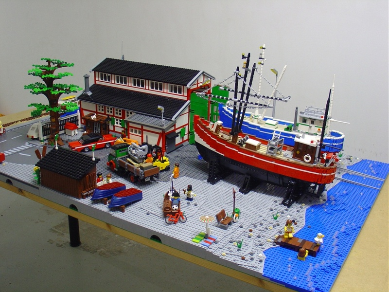 DeToyz Shop: Lego MOC - Small Boat-Wharf in Elsinore