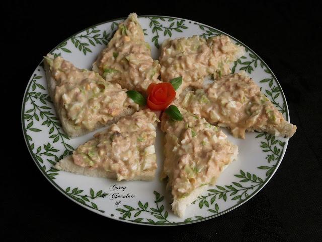 Canapés de ensalada de atún