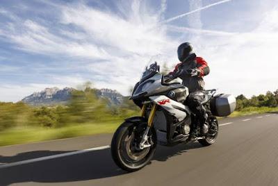 Νέο προνομιακό πρόγραμμα 3asy Ride Plus για μοτοσικλέτες BMW
