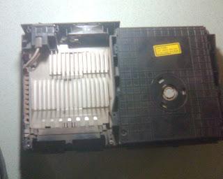 Langkah - Langkah Memperbaiki Optik PS2 (4)