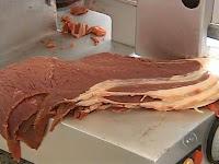 Especialistas recomendam reduzir consumo diário de carne vermelha para evitar morte prematura