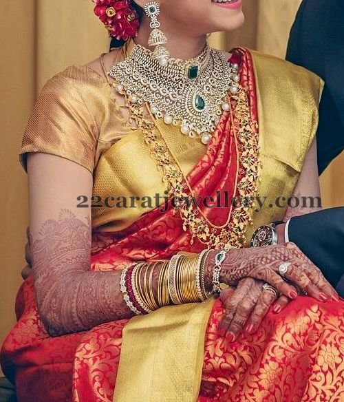 Bride in Thin Trendy Gold Haram