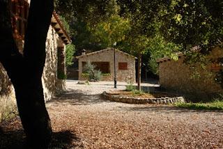 Casas de piedra para 4 personas. Batan Rio Tus. Yeste